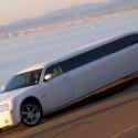 chrysler_300c_limousine_exterior